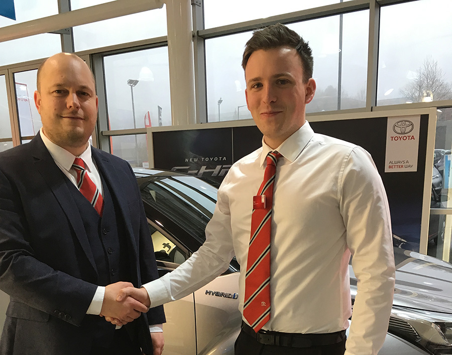 SLM Presents First Cheque To Sara Lee Trust
