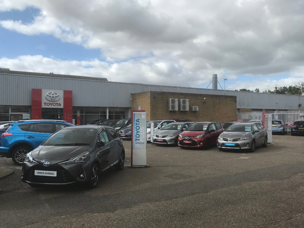 SLM Bodyshop Lowestoft - SLM Specialist Dealership in Lowestoft