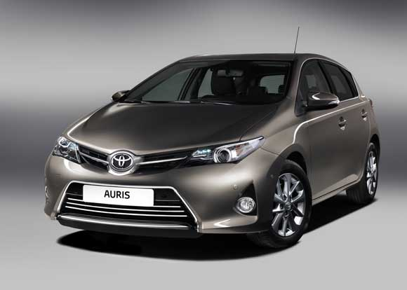 Hastings Fire Brigade visit SLM Toyota for Hybrid Technology