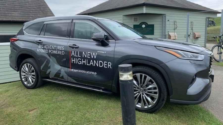 SLM Toyota Uckfield Supplies 28 AYGO x-play Models to Kamsons Pharmacy